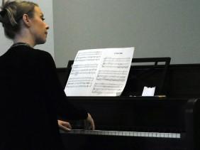 PianistSilentNight